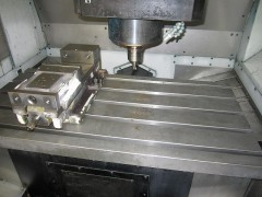 【Sold out】マシニングセンター(立型) V55の写真02