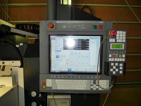 【Sold out】放電加工機 / 牧野フライス / EDGE3 / 2004年の写真06