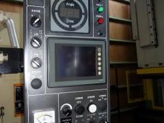 アマダ / 200tショートプレス機 / TPL200S / 1993の写真02