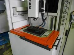 【Sold out】 形彫放電加工機/ROBOFORM35/シャルミー/2001年の写真02