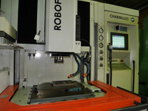 【Sold out】 形彫放電加工機/ROBOFORM35/シャルミー/2001年の写真04