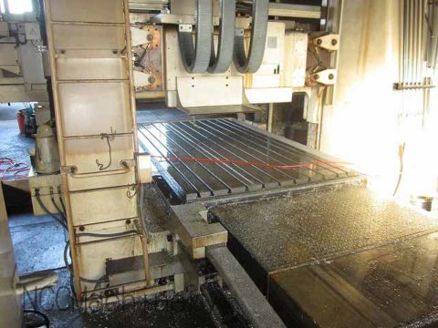 【Sold out】門型マシニングセンター/オークマ㈱/MCV-AⅡ20×30S/2000年の写真04