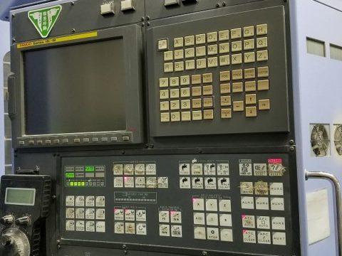 【中古機械案内】立型マシニングセンター/新日本工機/CMV50/5/2002の写真03