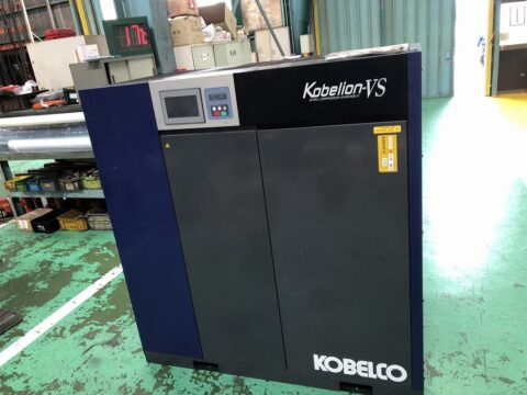 【中古機械案内】スクリューコンプレッサー/コベルコ/VS695ADⅢ-37の写真02
