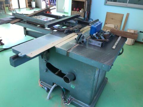 【中古木工機械】軸傾斜横切り盤/東海製作/SFJ-1300の写真03