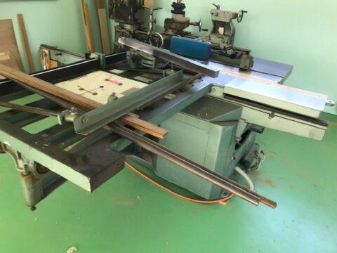 【中古木工機械】軸傾斜横切り盤/東海製作/SFJ-1300の写真04