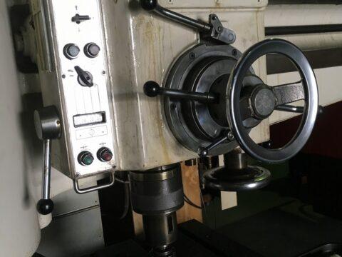 【中古機械案内】ラジアルボール盤/ワカヤマ/NR-15C/1970の写真04